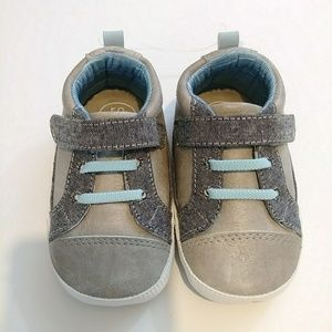 NWT Ro+Me Baby Boy Casual Shoes 12-18 mos